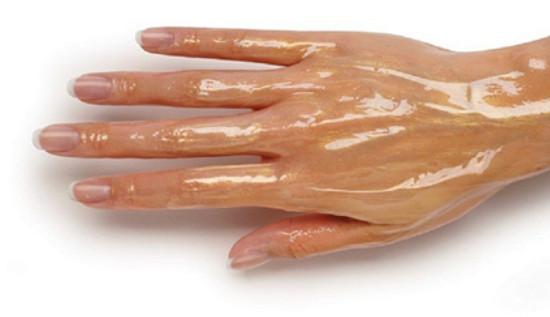 Мои руки были морщинистыми, как у дряхлой ведьмы, пока я не узнала эти средства! Теперь кожей восхищается даже невестка.
