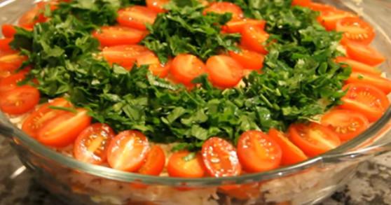Очень вкусный салат «Шире круг». Альтернатива «Оливье» и «Селедке под шубой»...